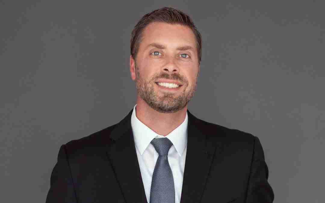 Meet Pro Bono Attorney Neil Lyons